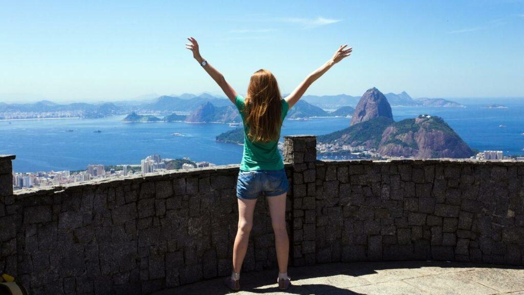 Conheça passeios para levar amigos gringos no Rio de Janeiro