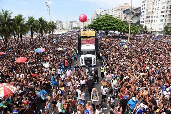 A maior festa de Carnaval do Mundo acontece no Rio de Janeiro