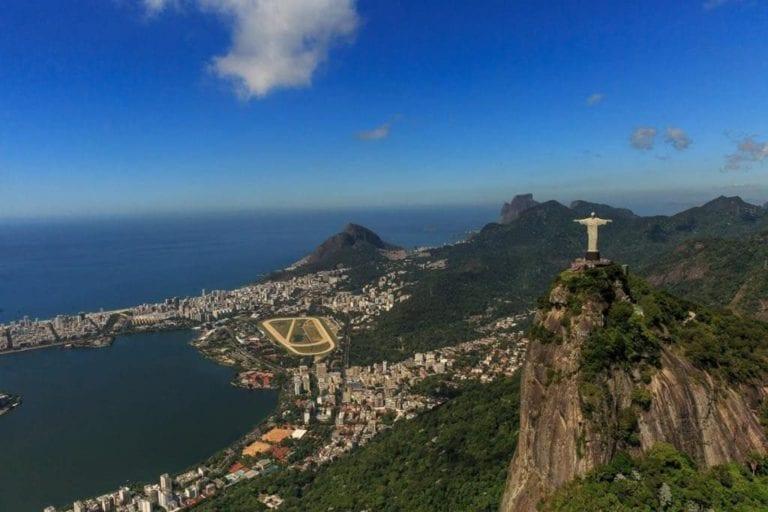 Cristo Redentor - Vista do passeio de helicóptero pelo Rio de Janeiro