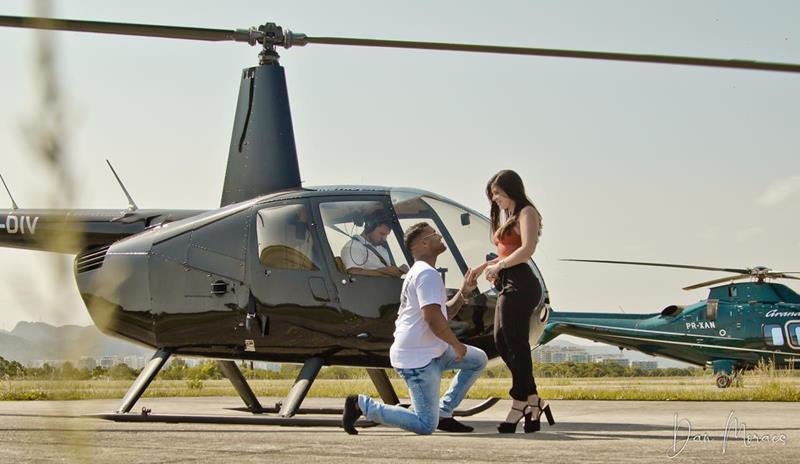Pedido de casamento em voo de helicóptero no rio de janeiro