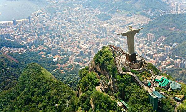 O Rio de Janeiro possui um das 7 maravilhas do mundo moderno